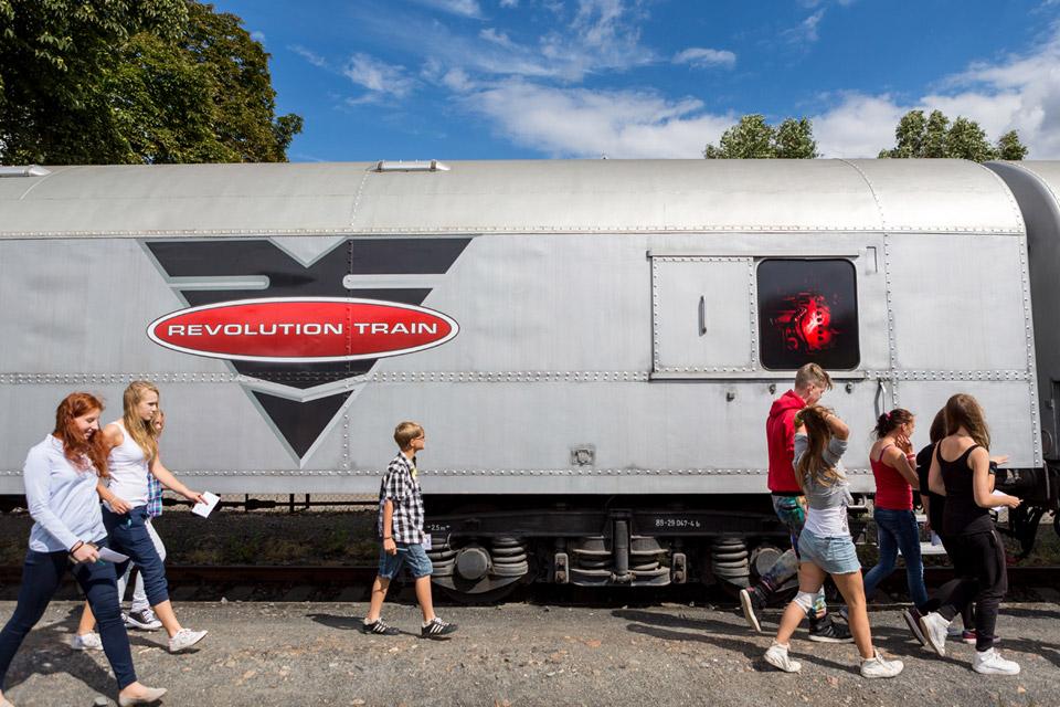 Prehliadka protidrogového vlaku REVOLUTION TRAIN