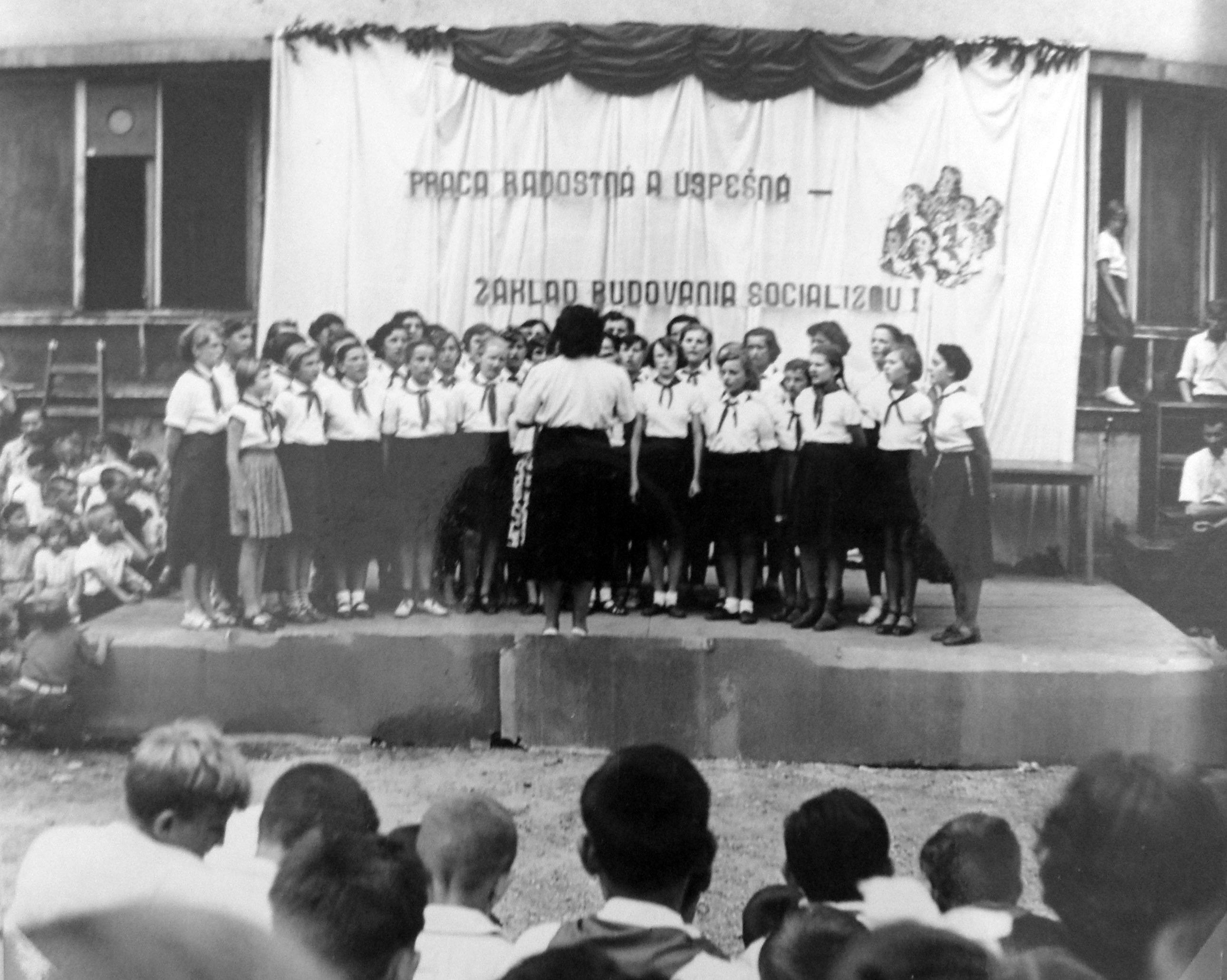 17-1958
