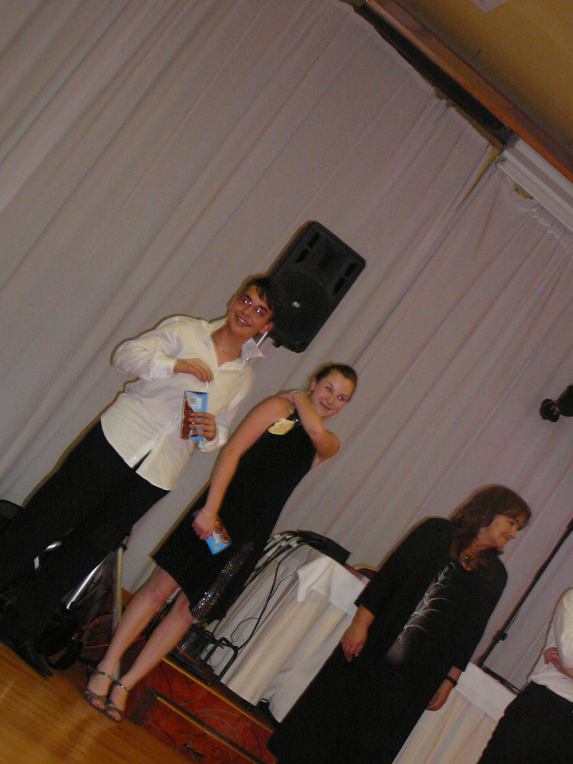 Úspešné zavŕšenie kurzu spoločenských tancov - tanečný venček