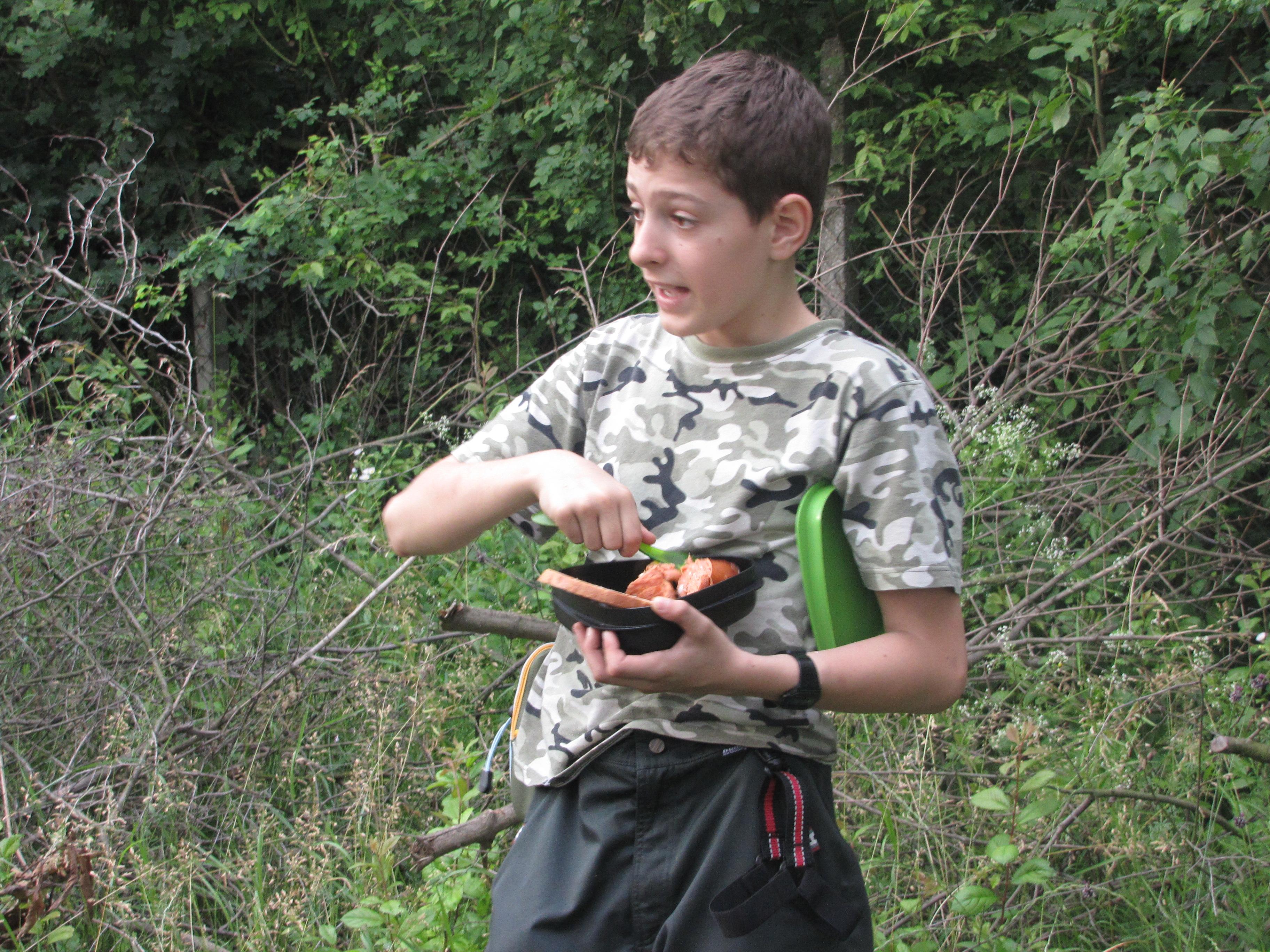 Trojdňovka prežitia v lese