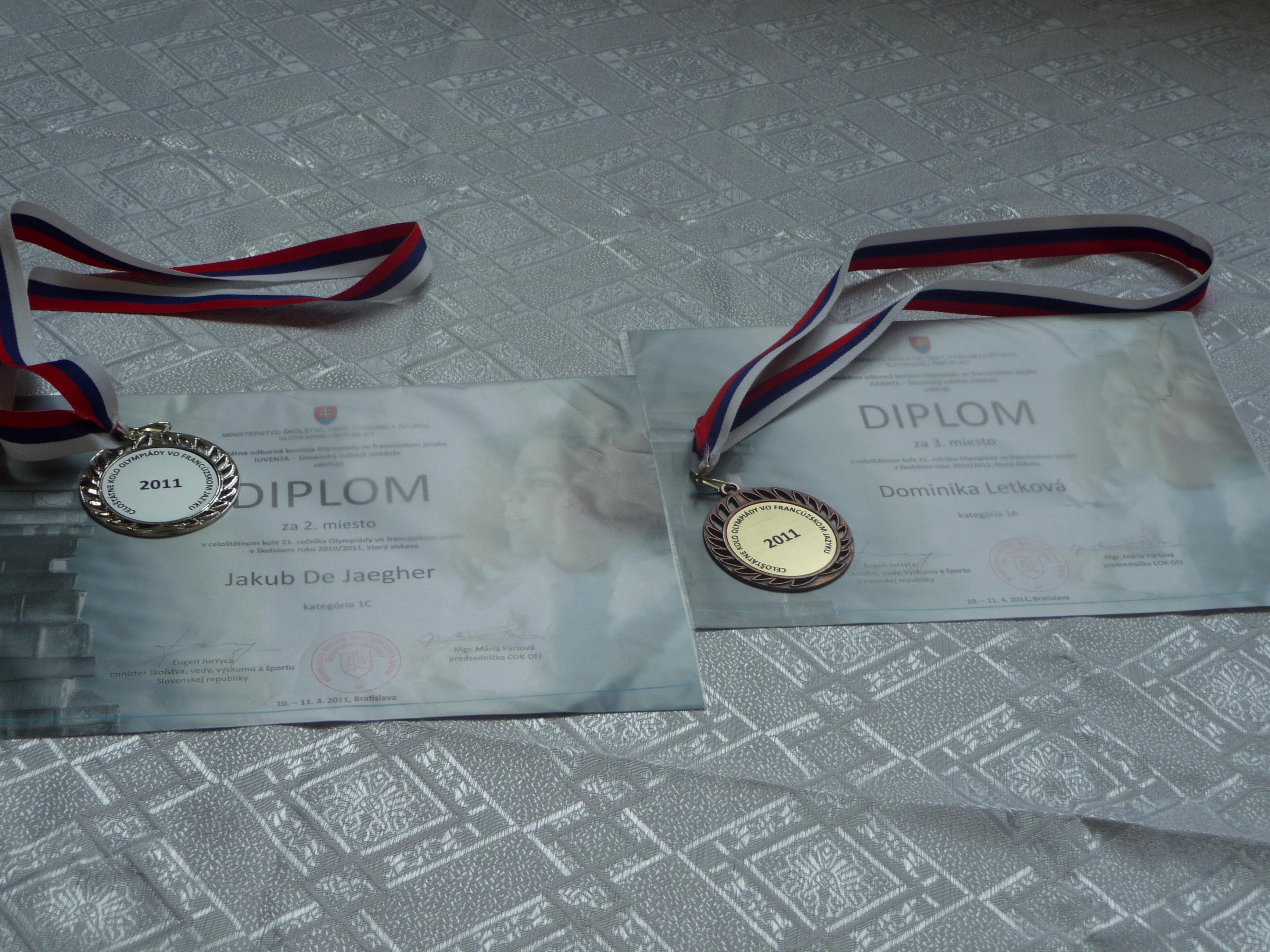 Celoslovenské kolo Olympiády vo francúzskom jazyku - máme 2. a 3. miesto