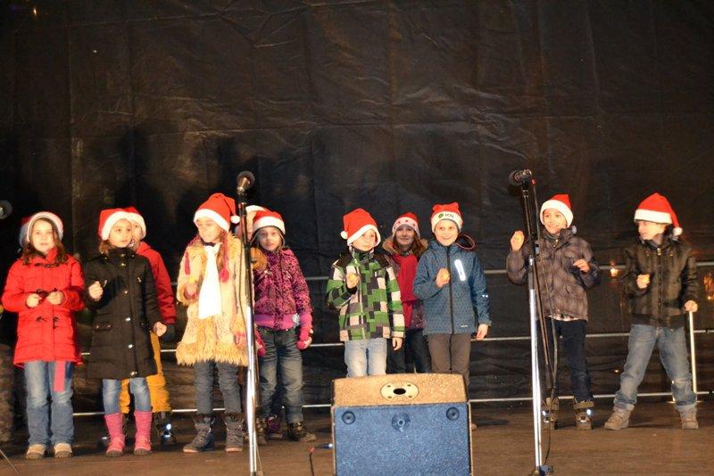 Vystúpenie na Hviezdoslavovom námestí