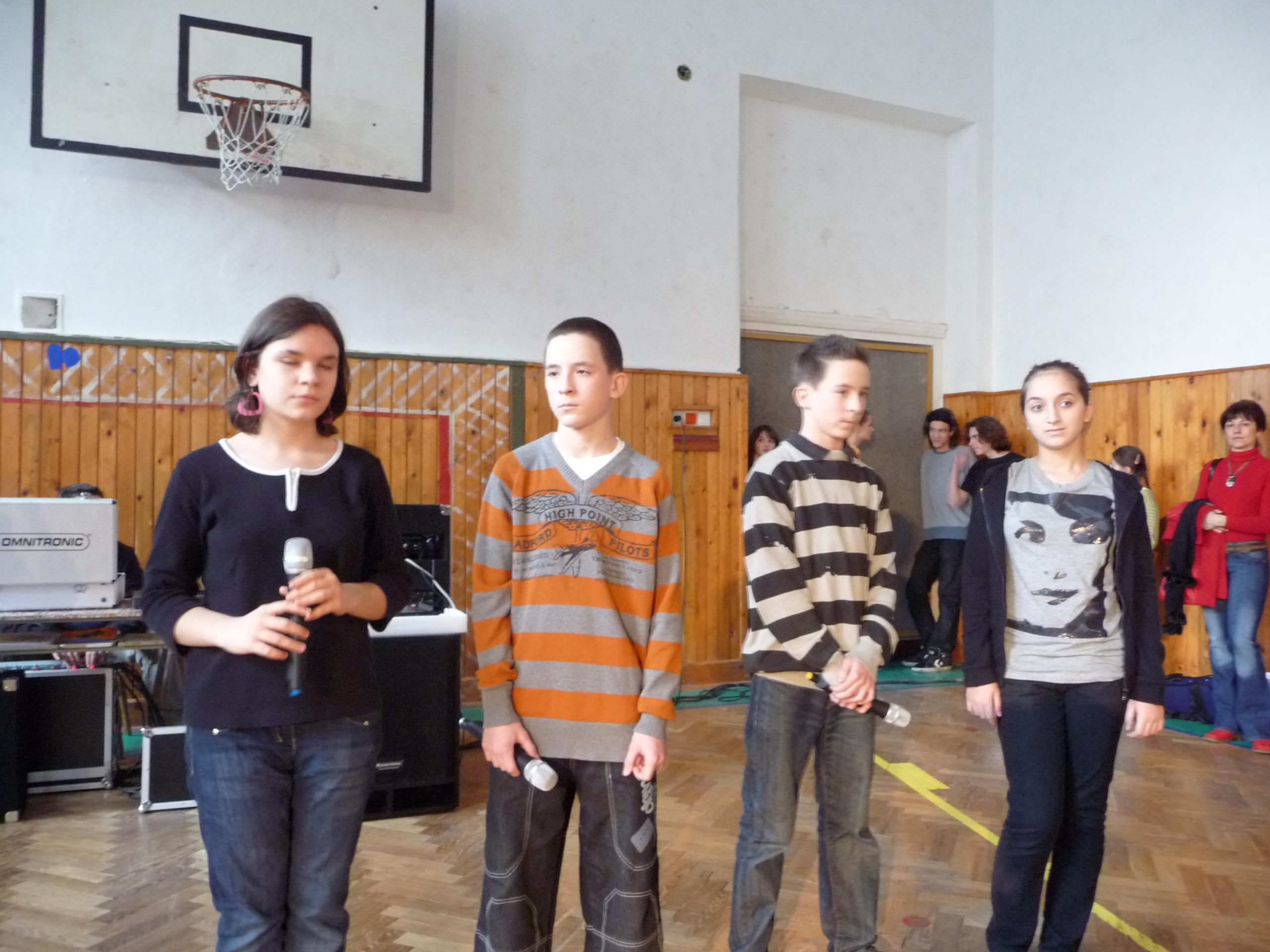 Slovensko recitovalo Rúfusa